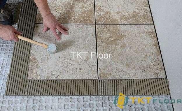 lót gạch sử dụng màng không tách lớp