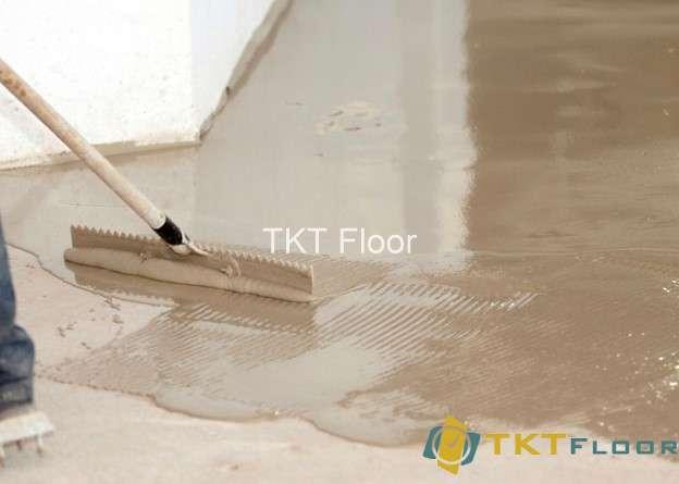 trải vữa lót sàn trên nền bê tông
